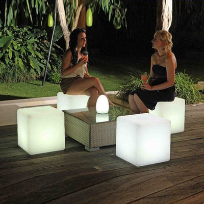 Multi Color Charging Light Up Cube Seat White Forested Shell 4 Tryby błysku